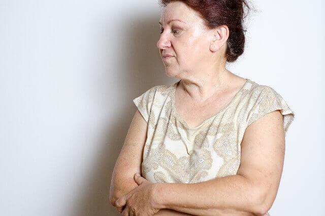 親の過干渉がひどくなる?! あなたの行動次第で親の過干渉が強まっていく理由